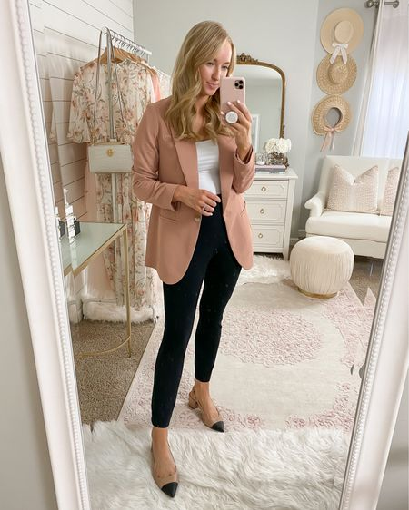 Fall work outfit styling my favorite comfortable black work pants (medium)    http://liketk.it/2Xp5r #liketkit @liketoknow.it #LTKworkwear  // fall blazer // work blazer // comfortable work pants // work from home work pants // workwear