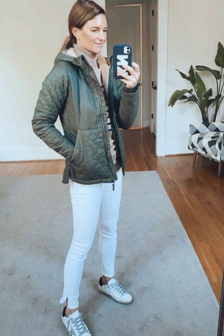 Fall jackets, olive green, barn jackets, apple picking looks, amazon finds, amazon fashion   #LTKunder100 #LTKGiftGuide