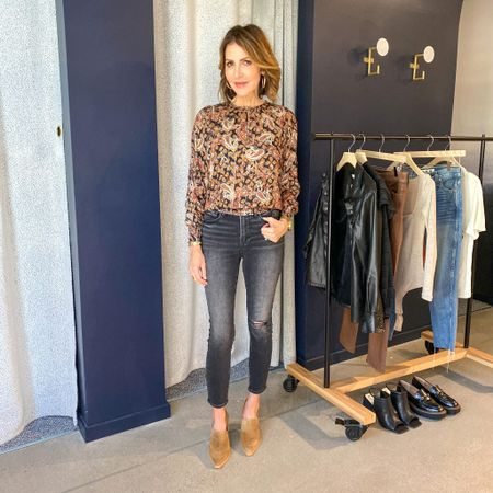 Sharing this fabulous look from @evereveofficial that is perfect for fall.   Paisley top, good American jeans, loafer heels, fall outfit, fall fashion, Evereve outfit, Evereve style  #LTKshoecrush #LTKunder100 #LTKstyletip
