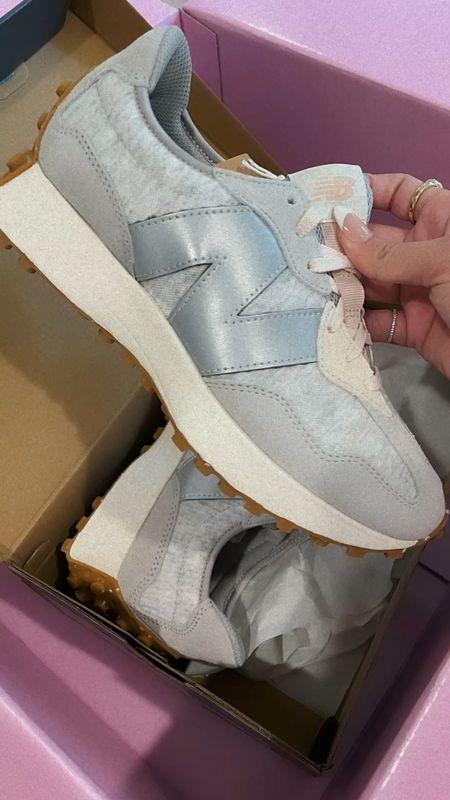 New balance sneakers 🤍 TTS