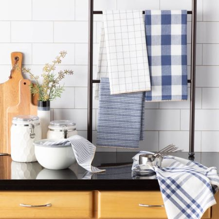 Blue and white farmhouse kitchen style.   Screenshot this pic to get shoppable product details with the LIKEtoKNOW.it shopping app   http://liketk.it/3bDuc #liketkit @liketoknow.it #LTKhome #LTKstyletip