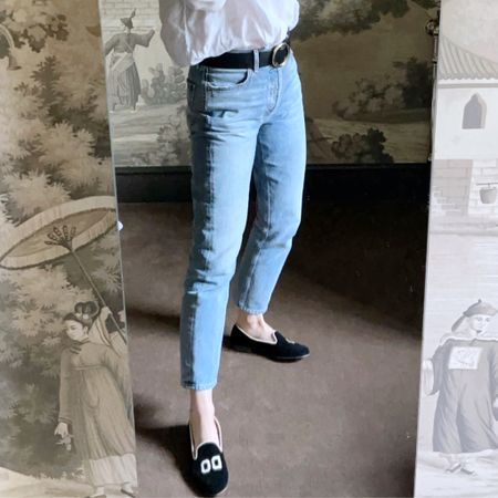 My much requested belt and jeans details. #liketkit #LTKeurope @liketoknow.it @liketoknow.it.europe http://liketk.it/360vA