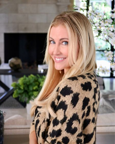 Saturday's are for snuggling up in your favorite sweater! I absolutely love this leopard print cardigan that I just snagged on the #Nsale ❤️ Full outfit details are linked on my @liketoknow.it page! Happy Saturday! #liketkit http://liketk.it/2Dkeu #RHOD