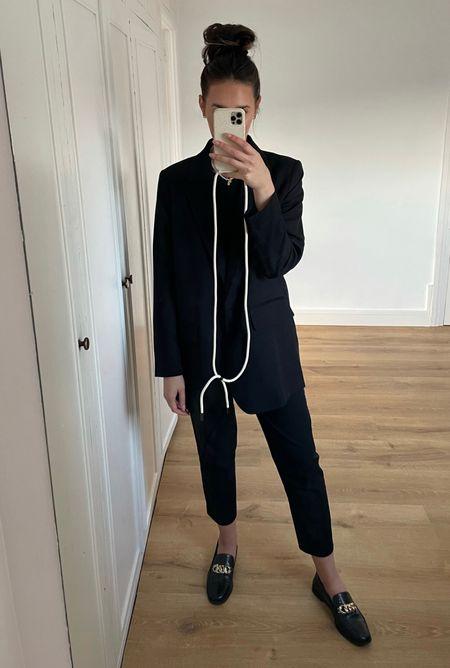 All black classy look with oversized blazer and loafer 🖤  #LTKstyletip #LTKworkwear #LTKeurope