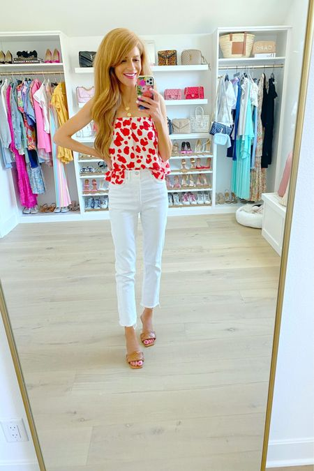 #LTKDay  sale on this FAB swingy top. Obsessed with the red and white print!wearing xs http://liketk.it/3hmrP #liketkit @liketoknow.it #LTKsalealert #LTKshoecrush
