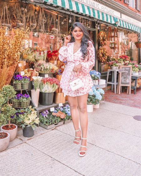Happy Monday 🌸 It's starting to finally feel like spring! This stunning floral romper dress from @amazonfashion is a must have this spring! & it's under $25  . . Shop the look  1️⃣ http://liketk.it/3c65P  2️⃣ link in bio   #liketkit #LTKunder50 #LTKsalealert @liketoknow.it Shop your screenshot of this pic with the LIKEtoKNOW.it shopping app #LTKstyletip