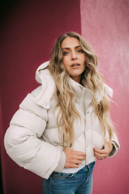 When you realize it's Valentine's Day this weekend & you have three valentines to shop for 💕 Help!! I need present ideas!  Outfit @revolve @breanajanayphotography   http://liketk.it/37UxU #liketkit @liketoknow.it   Puffer jacket, wind breaker, fashion