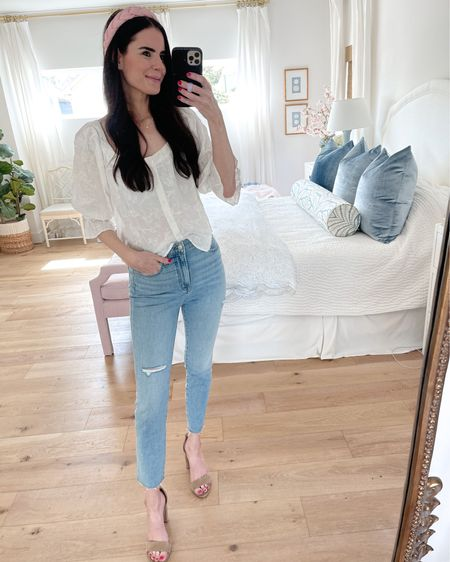 Madewell vintage jeans. Wearing a size 26 (size down in these)! Very comfy and super high waisted. http://liketk.it/3h75m #liketkit @liketoknow.it