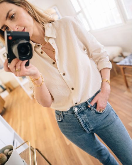 Spring faves from Verishop. Wearing a small linen button down and went a size up in the jeans (they do have stretch). http://liketk.it/2LM63 #liketkit @liketoknow.it