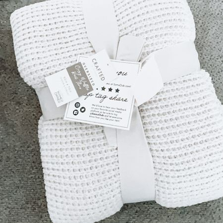"""My new favorite comfortable, summer weight blanket! 🤍 It's perfectly oversized too, at 60"""" x 70"""" ! The fabric is waffle-knit, but has the same softness of the leopard blankets that went totally viral from this brand! Comes in 5 colors, mine is in the shade """"Moon"""" 🌙 It's also super affordable, only $24.98! http://liketk.it/3h7td #liketkit @liketoknow.it #LTKhome #LTKfamily #LTKkids @liketoknow.it.home @liketoknow.it.family Shop your screenshot of this pic with the LIKEtoKNOW.it shopping app"""