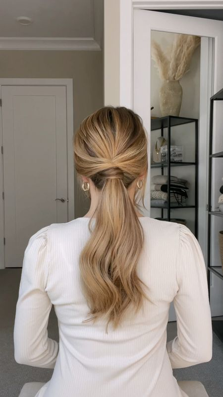 Easy way to conceal an elastic on a textured ponytail 👱🏼♀️💗  #LTKbeauty #LTKunder100 #LTKunder50