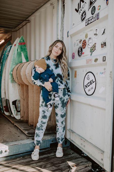 I like you, I like you 🤍  Outfits linked 💋  http://liketk.it/37cdb #liketkit @liketoknow.it   Comfy sweats, sweat outfits, revolve, sweater dress, cropped teddy sweater