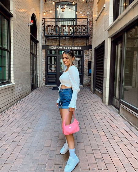 A simple smocked crop top for any summer outfit. Loving this one from AKIRA ❤️ http://liketk.it/2T1Kv #liketkit @liketoknow.it