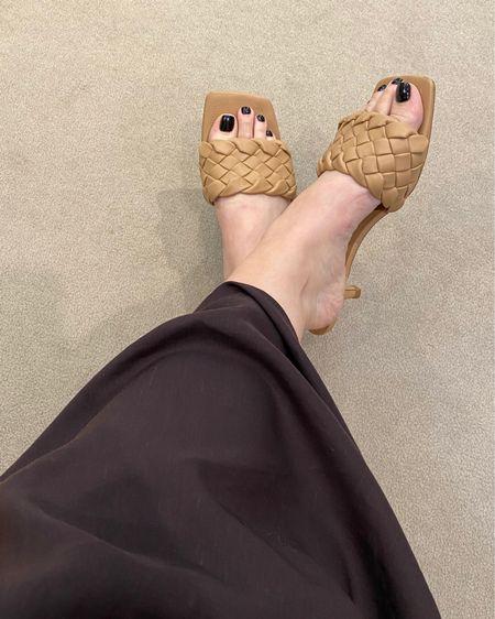 @liketoknow.it http://liketk.it/3j56a #liketkit #LTKunder50 #LTKstyletip #LTKshoecrush HM has the BEST shoes and prices 🥰🥰