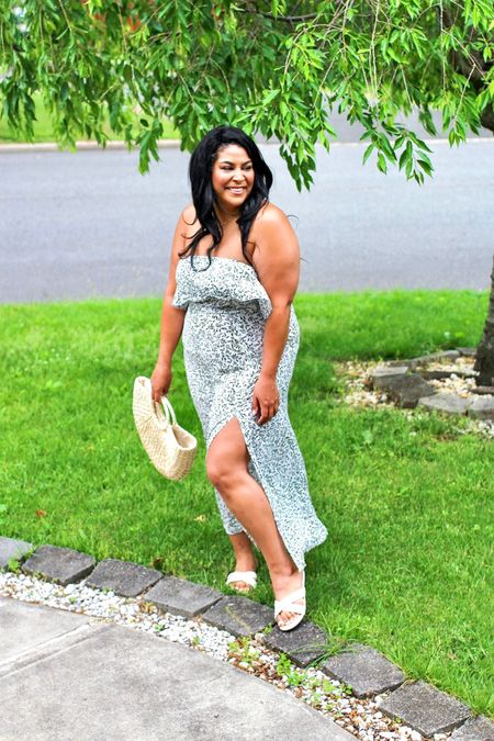 Amazon fashion finds! Dress (XL) is only $27 + shoes (size down) are $22! Linked the purse + necklace from amazon too #liketkit @liketoknow.it http://liketk.it/3gMHN  #LTKcurves #LTKstyletip #LTKunder50