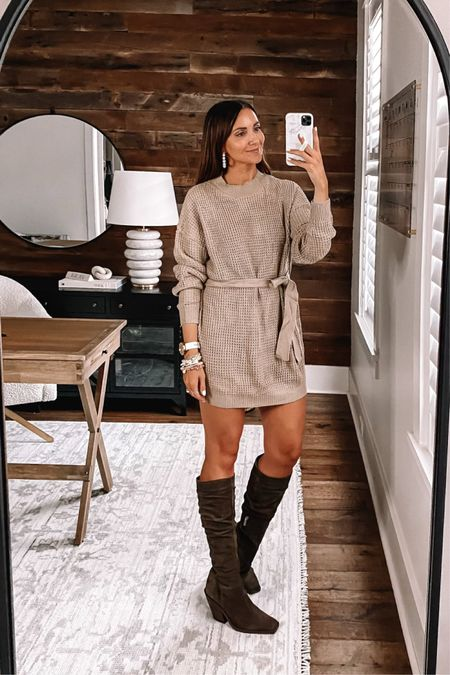 Sweater dress in size small - size up for length, Amazon finds #anna_brstyle