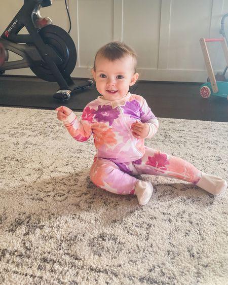 Happy Monday from this Happy Baby!  . . .  #liketkit #LTKbaby #LTKfamily #LTKunder50 #burtsbees @liketoknow.it @liketoknow.it.family http://liketk.it/2KKGn