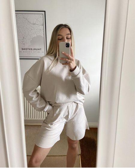 Loungewear, fashion, mirror selfie, ootd, neutral fashion, wfh fashion, neutral clothing http://liketk.it/3hOAC #liketkit @liketoknow.it