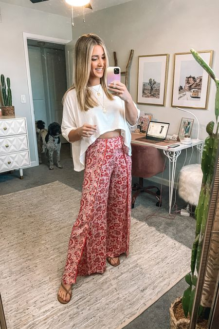 I just got these pants and absolutely love them they run true to size and are super comfortable. The top is oversized and also runs true to size #liketkit @liketoknow.it http://liketk.it/3i08V #LTKunder50 #LTKstyletip #LTKunder100
