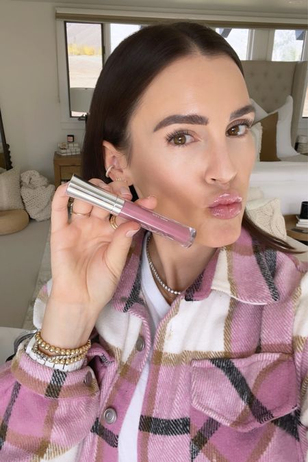 """B E A U T Y \ My fave lip gloss in alllll of the land! Shiny AF with a hint of color. Wearing """"Sophia"""" here💋  #lips #makeup #lipgloss #shacjet  #LTKbeauty #LTKunder50"""