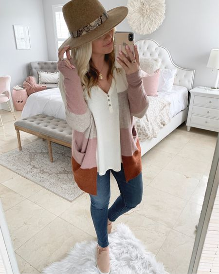 Popular cardigan from the sale and I know why! I love it😍 snag it before it sells out. It's dangerously close to selling out! I sized down one size to a small💕 @liketoknow.it http://liketk.it/2Djox   #liketkit #LTKitbag  #LTKshoecrush #LTKunder50 #LTKspring #LTKunder100 #LTKstyletip #LTKsalealert  #LTKfall #nsale