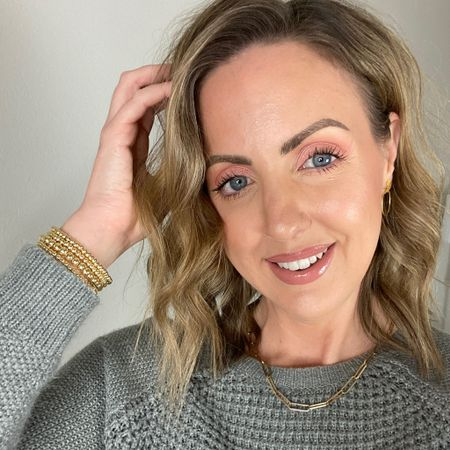 All the details for this elf camo cc cream look! I wear shade Light in the It Cosmetics CC cream, Light 210N in the elf. Lip combo is the Jouer lip creme with shades Terra and Ballerine mixed. Then I put the gloss on top (doesn't matter which shade, they're all sheer on top of this) http://liketk.it/35FCh #liketkit @liketoknow.it