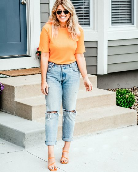 I've got a #neon orange crush. This top is under $15 and the jeans are a classic (no stretch, though, size up if you want a slouchier fit). #stylegram #ltkunder25 #springoutfit #liketkit @liketoknow.it http://liketk.it/2OHnM