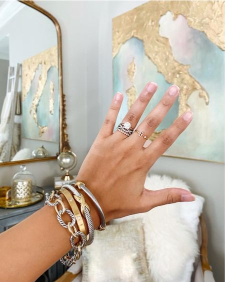 40% off sitewide @ the styled collection! #goldjewelry #thestykedcollection #davidyurmanlookalikes #goldandsilverbracelet #livingroomdecor  #LTKDay #LTKsalealert #LTKSale