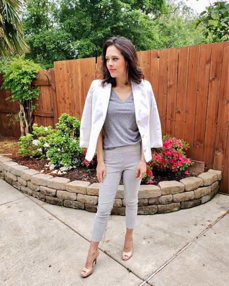 White blazers are perfect for spring and summer 🤍 @liketoknow.it #liketkit http://liketk.it/38ZTk #LTKstyletip #LTKworkwear #LTKunder100
