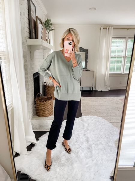 Loverly Grey has paired this Abercrombie v-neck with a cropped pant and flats.