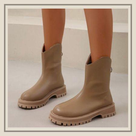 Minimalist back zipper chelsea boots  #LTKunder50 #LTKshoecrush #LTKstyletip