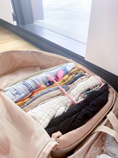 I love doing mock packs on tiktok, so here's a little detail shot of the tulum mock pack packing cube . . . .  http://liketk.it/3er7s #liketkit @liketoknow.it #LTKtravel #LTKitbag #LTKshoecrush    #organization #vacation #getaway #holiday #trip #travel #pack #mockpack #luggage #tulum #mexico