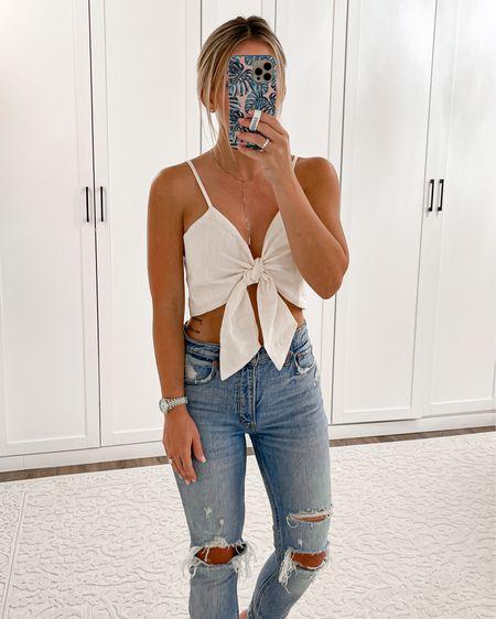 """Amazon tie front top size small. Abercrombie jeans size 25 short. Lipliner Mac """"whirl"""" + YSL 123   #liketkit @liketoknow.it http://liketk.it/3hY0P #LTKunder50 #LTKsalealert #LTKunder100 #laurabeverlin"""