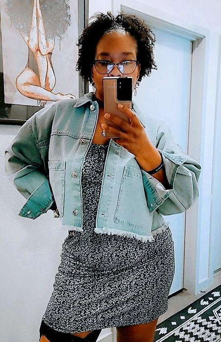 Got a new denim jacket from H&M.   The Crop jacket in cotton twill is perfect for me. Not too tight in the arms like quite a few of 5hrm can be.  Paired well with my print dress from Shein.   What I wore to get some more candles.   #shein #handm #h&m #denimjacket #printdress #sundress