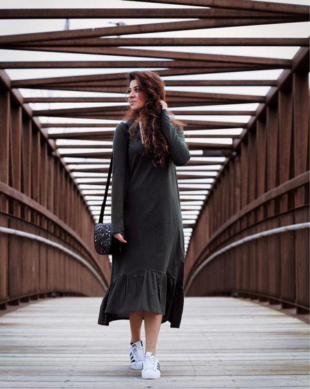 Sneakers ➕ Maxi Dress   http://liketk.it/2rm5k #liketkit @liketoknow.it