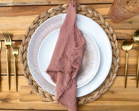 Boho Wedding Sweetheart Table— tabletop dinner plates    http://liketk.it/3hU9F #liketkit @liketoknow.it @liketoknow.it.brasil @liketoknow.it.europe @liketoknow.it.family @liketoknow.it.home #LTKwedding #LTKunder100 #LTKstyletip #kitchen #dishes #amazonfinds #etsy #diywedding #weddingdecor