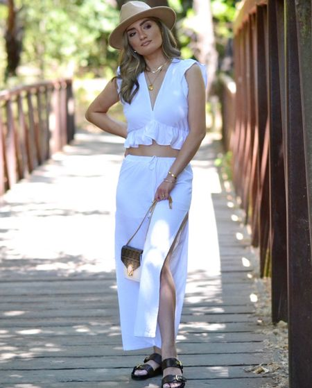 Found the comfiest two piece set and this beautiful hat from @amazon! Check out my link down below!   #LTKsalealert #LTKstyletip #LTKshoecrush