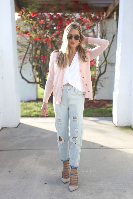 These jeans are $22 and look incredibly designer.  http://liketk.it/3bOhM #liketkit @liketoknow.it