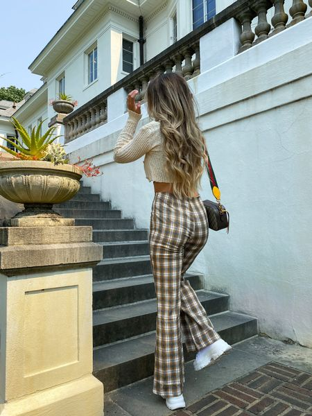 Plaid pants will always have my 🤎 — wearing a medium! Entire outfit from @windsorstore  #LTKSeasonal #LTKstyletip #LTKunder50