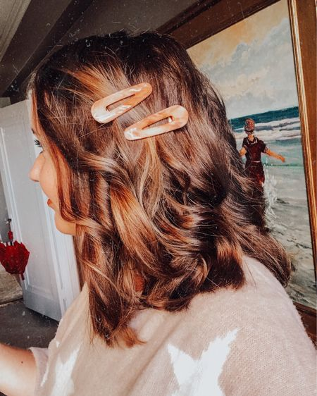 Little pretties with a B I G impact ✨💕 sharing my favorite @amazonfashion hair pin sets under $15 on the @liketoknow.it app today! .  Shop your screenshot of this pic with the LIKEtoKNOW.it shopping app or visit http://liketk.it/2GHOY for product details! #liketkit #LTKholidaystyle #LTKunder50 #LTKbeauty
