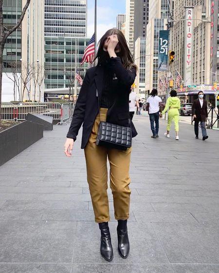 @liketoknow.it http://liketk.it/3bx5J #liketkit #LTKstyletip #LTKunder100 #LTKworkwear NYC affordable fit 🤍🤍