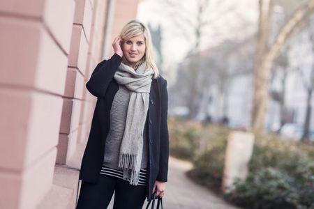 Wenn man immer noch keine Winterjacke gefunden hat, muss man eben Layering beherrschen ☃️❄️ Das winterliche Outfit (mit der schönen Rosa wand) findet ihr auf dem Blog - der direkte Link wie immer in meinem Profil.   Alle Outfitinfos kriegt ihr per Mail in eure Inbox, wenn ihr euch bei @liketoknow.it  anmeldet oder ihr schaut unter diesem Link: http://liketk.it/2pUKX    #liketkit #layering #outfit #whatiwore #wiwt #ootd #outfitoftheday #lookbook #currentlywearing #mylook #instafashion #style #fashion #outfitpost #fashiondiaries #instastyle #todayimwearing