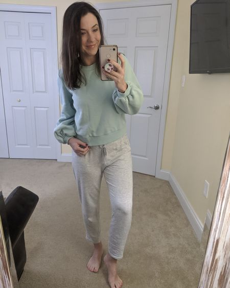 Feeling cozy and cute in this puff sleeve sweatshirt and literally the softest sweatpants ever!! 😍   http://liketk.it/2KkLD @liketoknow.it #liketkit #LTKunder100 #LTKstyletip #LTKunder50 #LTKsalealert Screenshot or 'like' this pic to shop the product details from the LIKEtoKNOW.it app, available now from the App Store! Follow FigAndRoses 💋