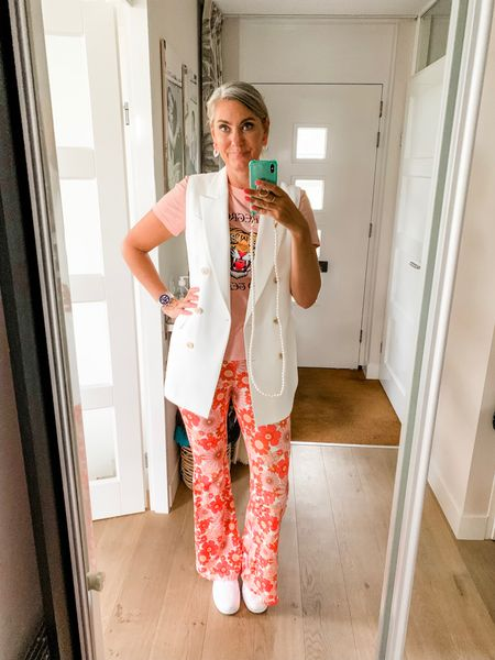 Outfits of the week-Monday  Wearing a large in the leggings. Could have sized down but didn't want to compromise on length.   T-shirt is also a large and the sleeveless blazer a medium.   The sneakers fit tts.    #LTKeurope #LTKunder50 #LTKworkwear