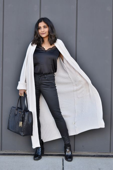 This long Cardigan is everything. I am super obsessed with it. Shop it here. Follow me to shop affordable fashion. http://liketk.it/32EHR @liketoknow.it #liketkit #LTKgiftspo #LTKsalealert #LTKunder100 #LTKshoecrush #LTKtravel #LTKitbag Screenshot or 'like' this pic to shop the product details from the LIKEtoKNOW.it app, available now from the App Store!