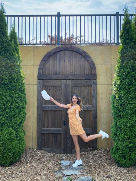 Dress isn't available online. In store at HM   #LTKstyletip #LTKcurves #LTKshoecrush
