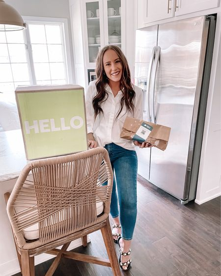 So excited to be working with @hellofresh again! 🤩 We love them + they make life so much easier. With less meal prep and grocery store trips + meals ready in 30 minutes, it's been a life saver! 👏🏼 They also have vegetarian options!! You can use code SHELBYHJOHNSON12 at HelloFresh.com for up to 12 free meals across your 4 boxes! Visit the link in my bio for more details. #hellofreshpartner #hellofresh #hellofreshpics #hellofreshmeals #hellofreshlife #hellofreshsnaps http://liketk.it/3cvLT #liketkit @liketoknow.it #LTKshoecrush #LTKunder100