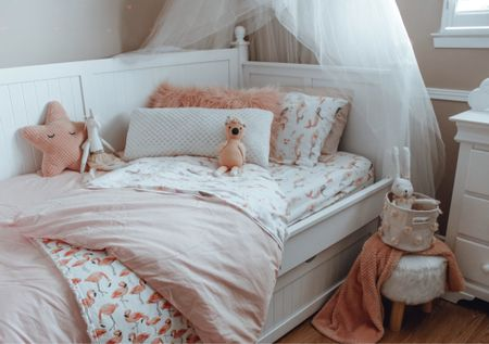 Girls Bedding. Twin Bedding and kids bedroom decor.    #LTKhome #LTKfamily #LTKkids