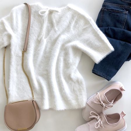 Living that ☁️ fuzzy sweater life (I took my usual size XXS regular). It's $20 off making it $29.50 plus you can use code FEB418LC for an extra $25 off full-price promotional orders of $75+ before applying the discount code! I shared an example of all combined savings in my latest blog post on www.whatjesswore.com. I linked to a pair of cute flats I'll share soon @liketoknow.it http://liketk.it/2uAFj #liketkit #LTKstyletip #LTKshoecrush #LTKsalealert #LTKunder50 #LTKunder100