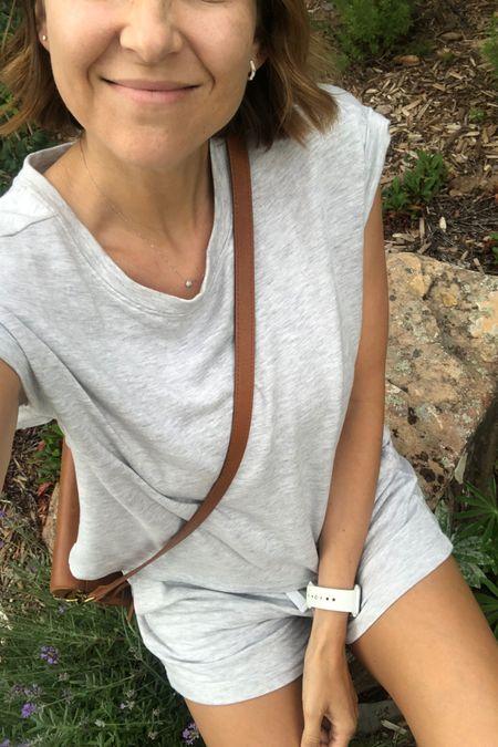 My go-to travel outfit. Always. @liketoknow.it http://liketk.it/3jlAL #liketkit #LTKunder100 #LTKunder50 #LTKstyletip